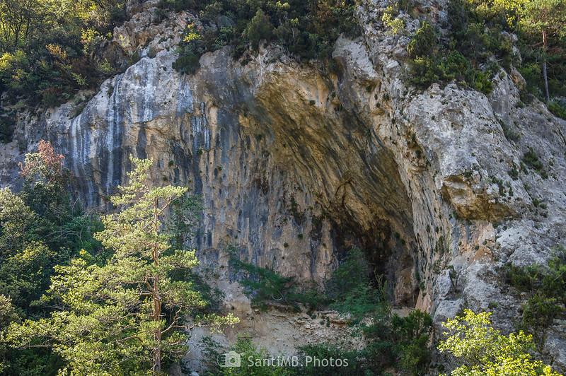 Cueva en el barranco de la Pixera