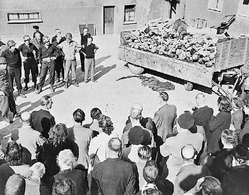 Cittadini tedeschi a Buchenwald