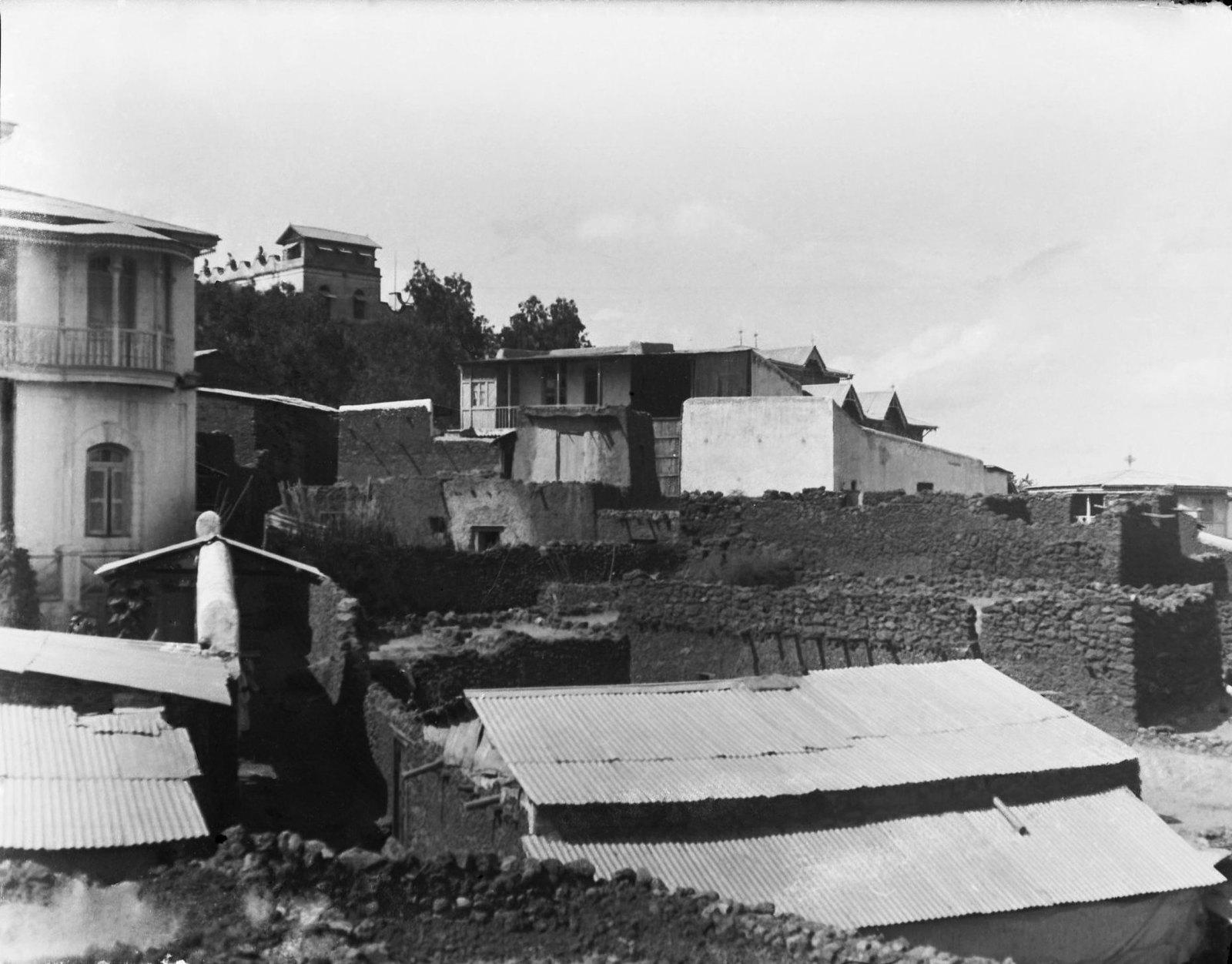 51. Вид города Харара с веранды