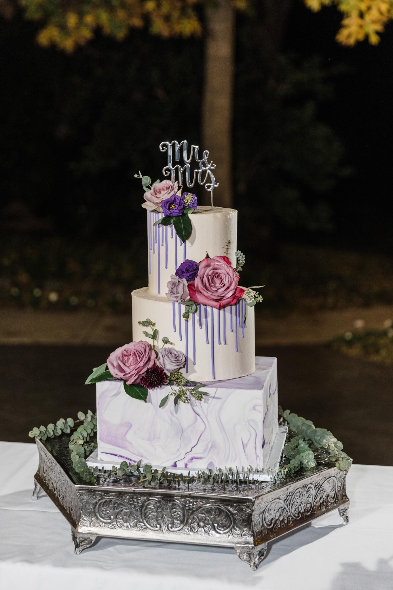 wedding cake at sanford house arlington