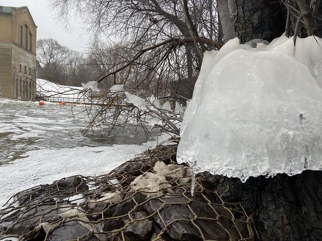 Dam Ice