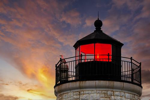 newport rhodeisland oceanstate castlehilllighthouse castlehill light seagull sunset keeper sea ocean newengland composite madewithluminar on1pics
