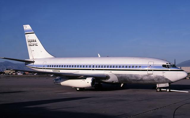 Sierra Pacific Boeing 737 N4503W