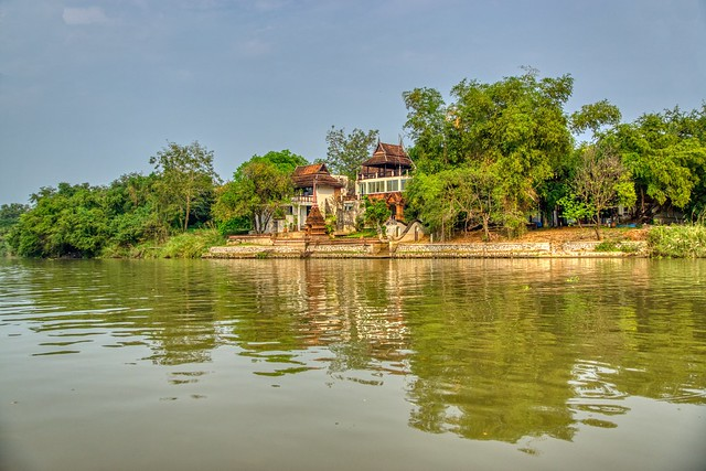 House by the Chao Phraya river in Ayutthaya, Thailand