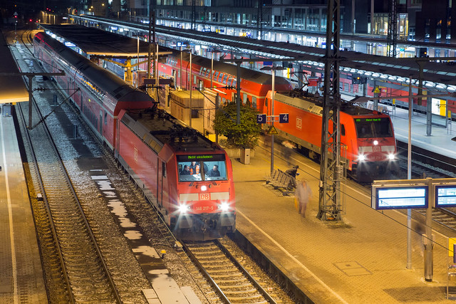 DB Regio 146 217 + 146 214 Freiburg Hbf