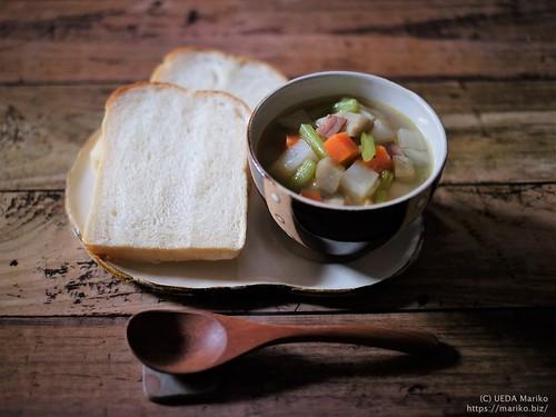 高加水湯種食パン 根菜スープ 20191212-DSCT5391 (2)