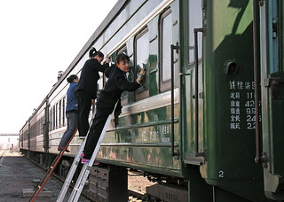 Carriage cleaning