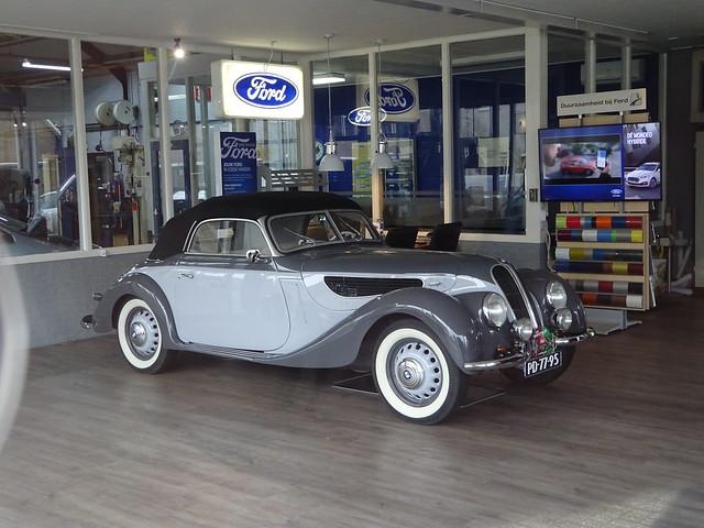 foto nr. 55.555 in de CWODLP! PD-77-95 BMW 327 cabrio 1937 / 1953 Wilp