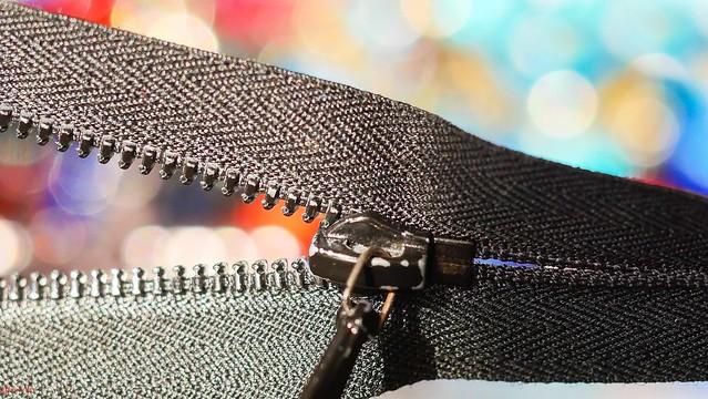 #Zipper - 8021