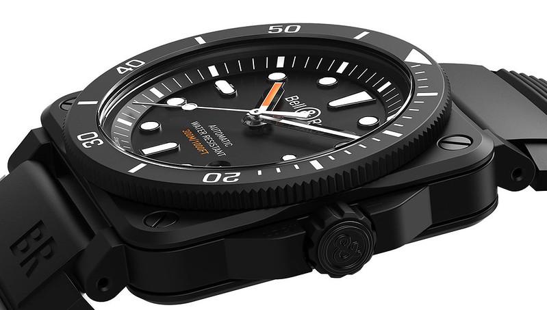BR-03-92-diver-black-matte-slider-media-01-2560x1040