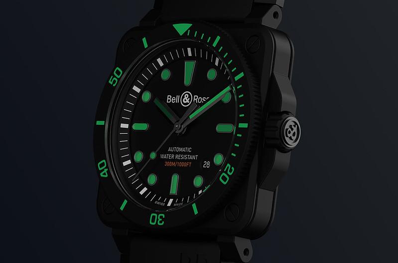BR-03-92-diver-black-matte-slider-media-03-2560x1040