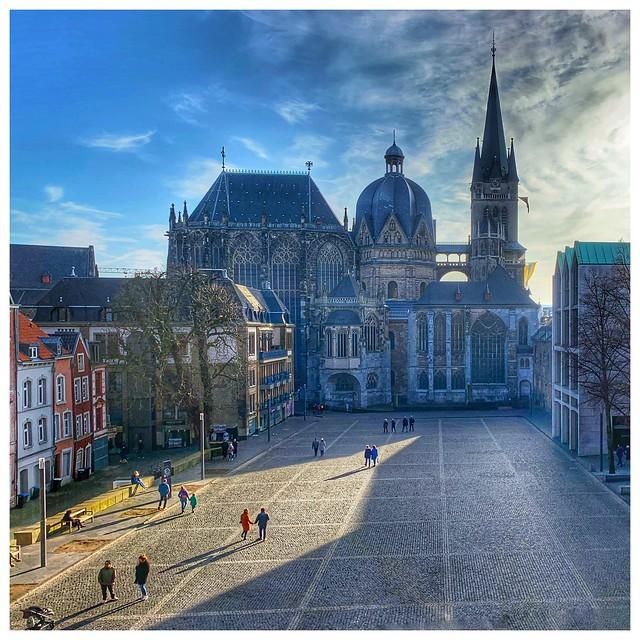 Aachener Dom mit Katschhof