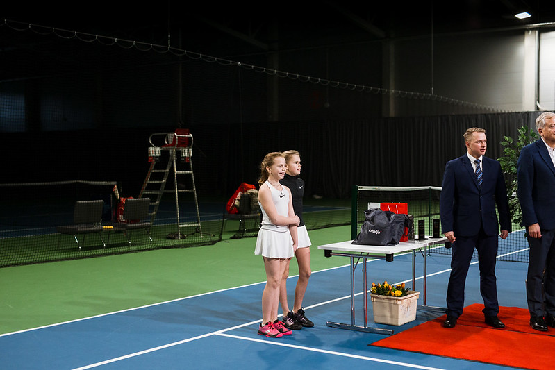"""Starptautiskās ITF pasaules tenisa tūres sacensības sievietēm """"Liepaja Open"""" Vienspēļu apbalvošana. Foto: Mārtiņš Vējš / Singles award ceremony of ITF Women's World Tennis Tour """"Liepaja Open"""". Photo: Mārtiņš Vējš"""