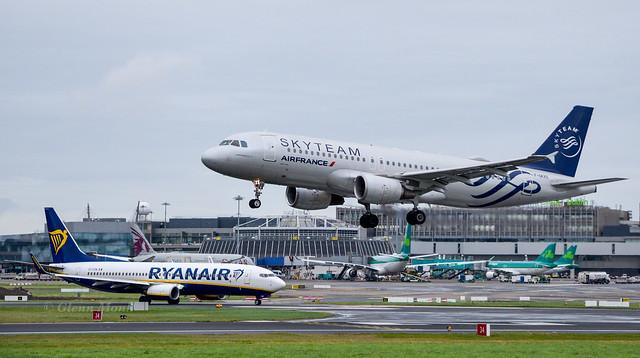 F-GKXS                 A320-214  Air France     Sky Team Livery