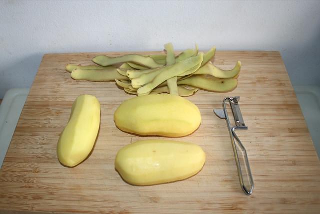 01 - Kartoffeln schälen / Peel potatoes