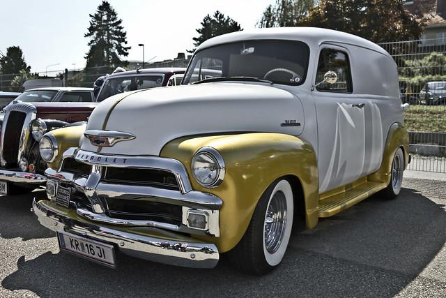 Chevrolet 3100 Panel Van 1954 (1035)