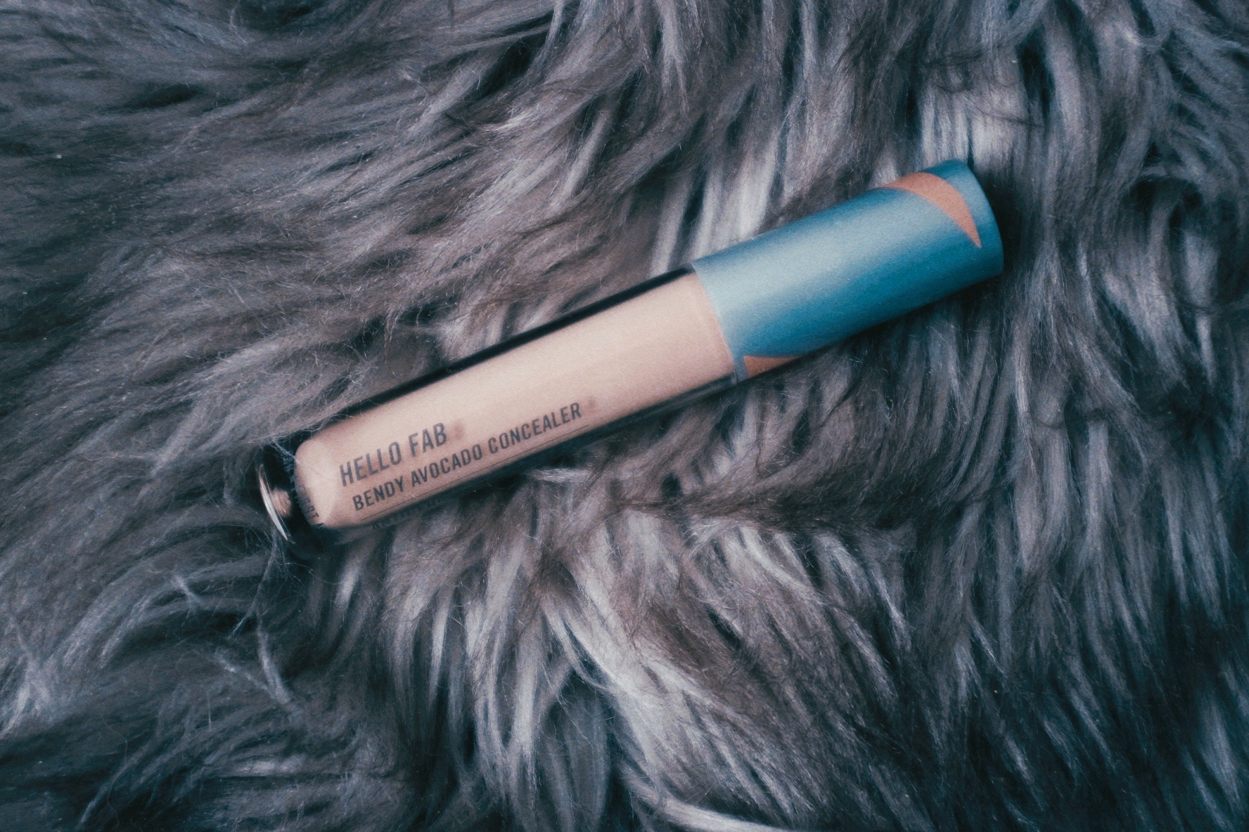 FAB Bendy Avocado Concealer Sand Review