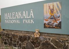 Haleakala NP HI - Entrance sign and Duffy