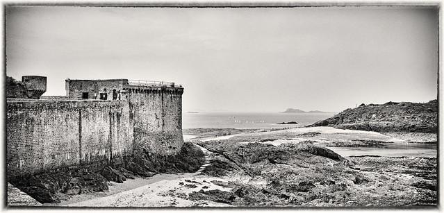 Saint Malo mono