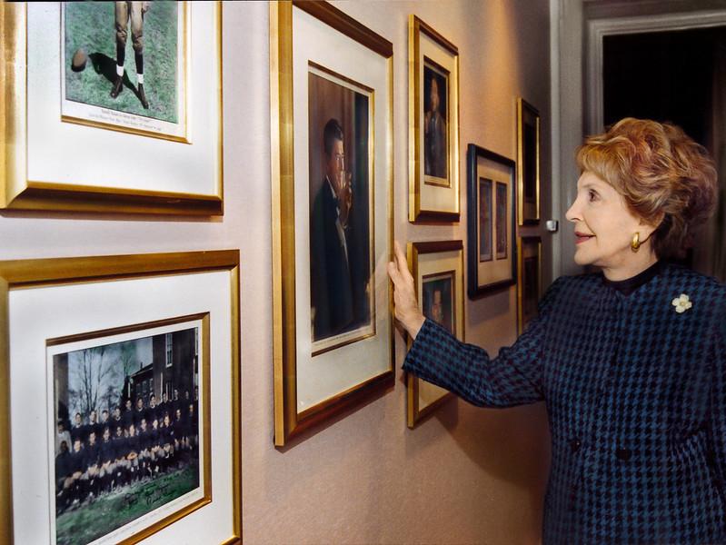 Nancy Reagan touring Ronald Reagan Suite, opening reception