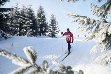Objevuj české hory ze stopy, rozjeď zimu na běžkách