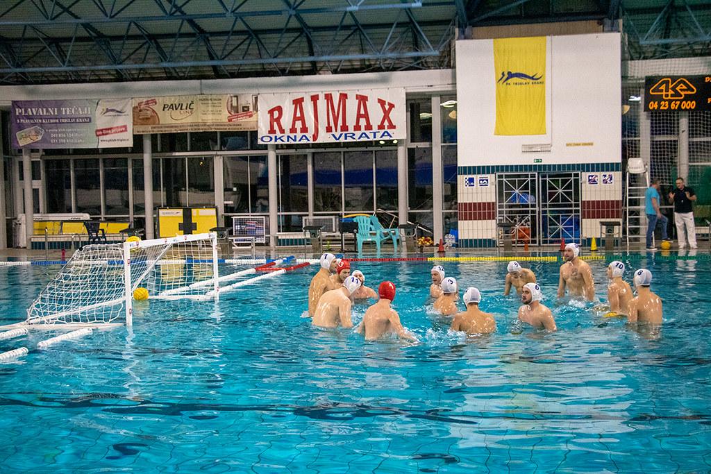 Kamniški Vaterpolisti CALCIT WATERPOLO začeli sezono z zmago