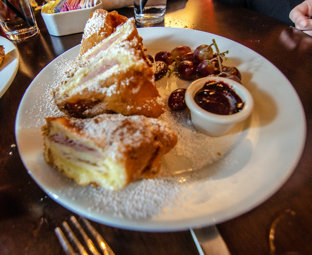 Cafe Orleans Monte Cristo DL