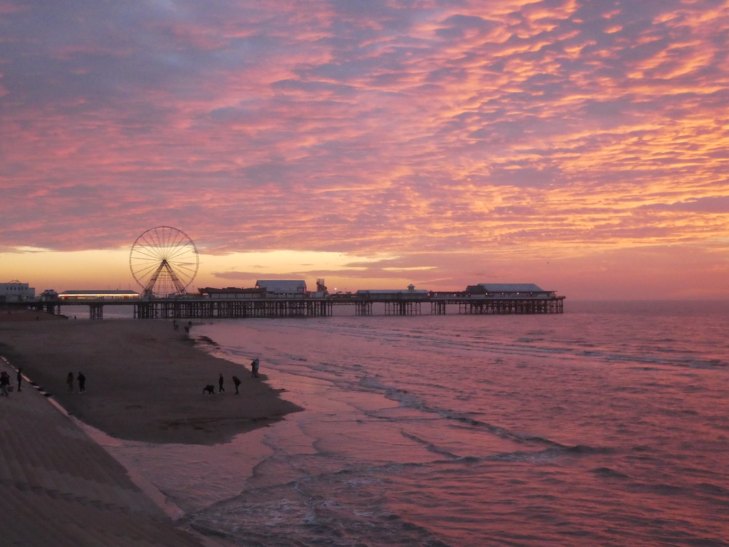 Sunset, Central Pier, Blackpool