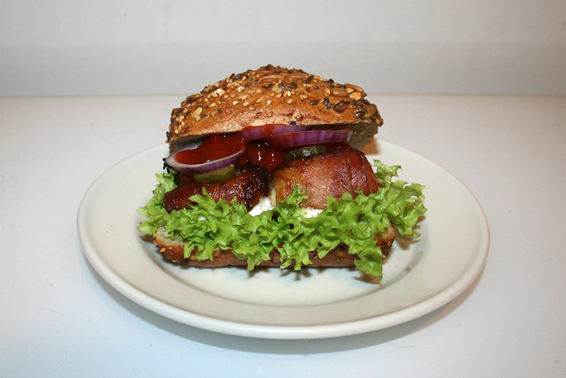 Bacon Chicken Burger / Speck Hähnchen Burger