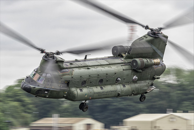 Boeing CH-47D Chinook - 02