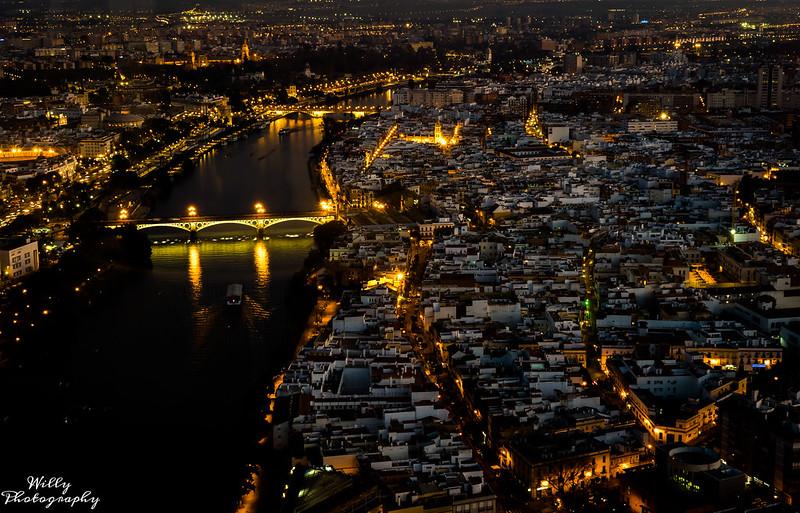 Vista desde torre pelli... en Urbana y Arquitectura49450937298_7d8045651b_c