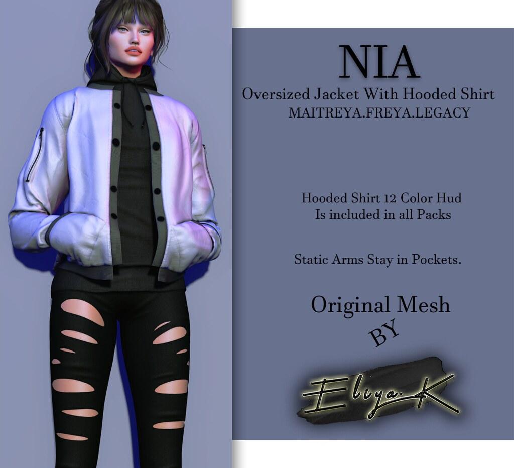 NIA - Oversized Jacket @ Cosmo