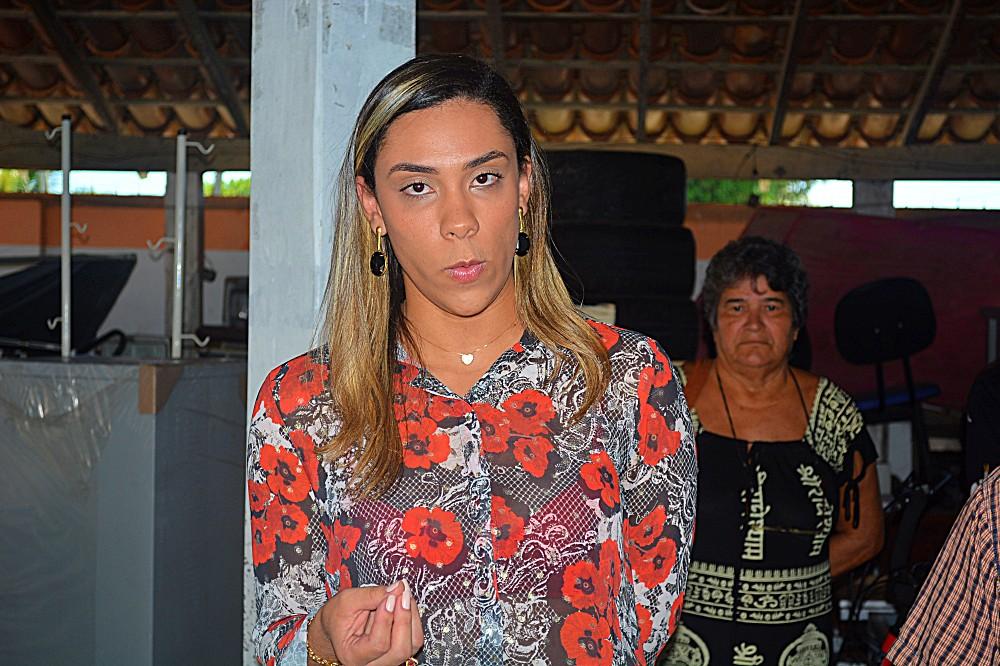 Emelly Pires, nova secretária de Desenvolvimento Social do Prado