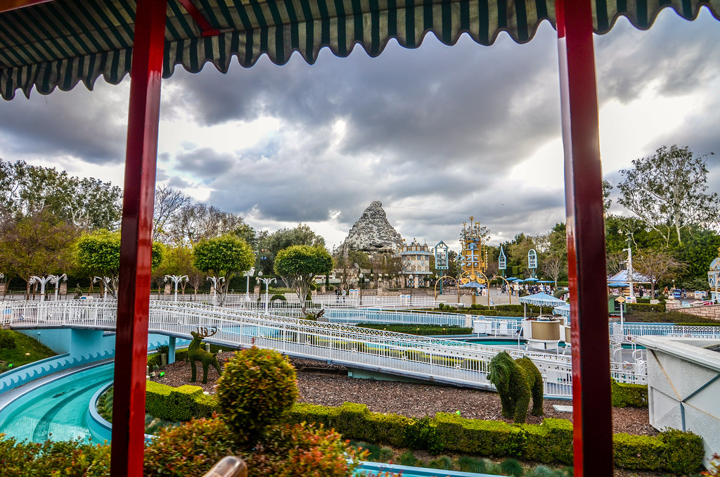 Matterhorn from train DL Railroad