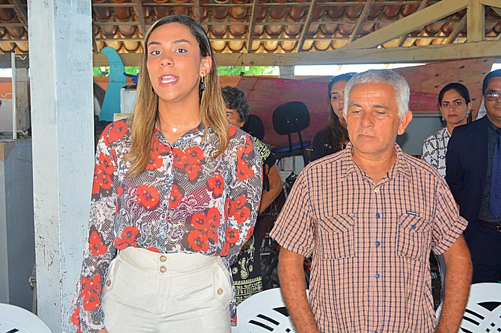 Emelly Pires e Diógenes Ferreira Loures (o 'Jorginho do Guarani') (2)