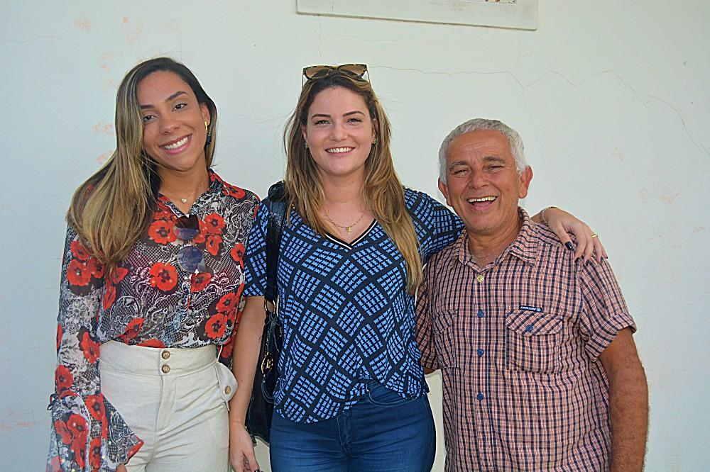 Emelly Pires, Mayra Brito e Jorginho do Guarani