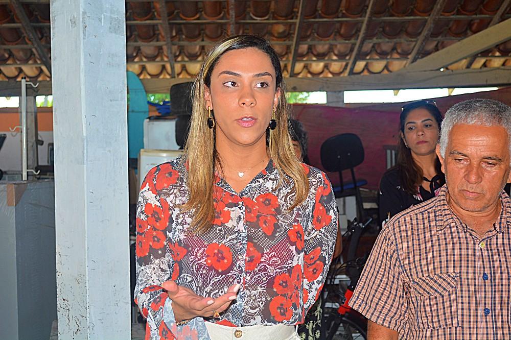 Emelly Pires e Diógenes Ferreira Loures (o 'Jorginho do Guarani') (1)