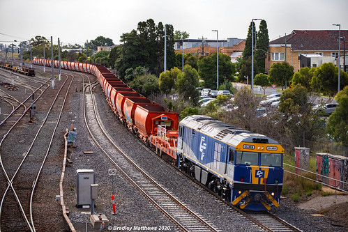 QUBE Empty GWA Ballast Hoppers Wagon Transfer at West Footscray on 28/1/2020.