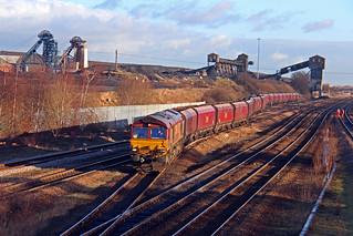 66168 leaving Hatfield Main Colliery