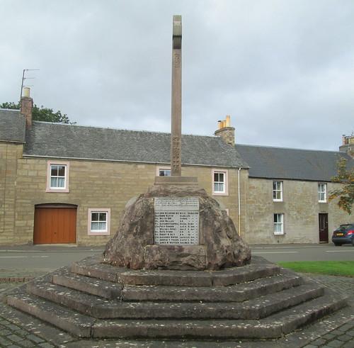 Dunning War Memorial from South