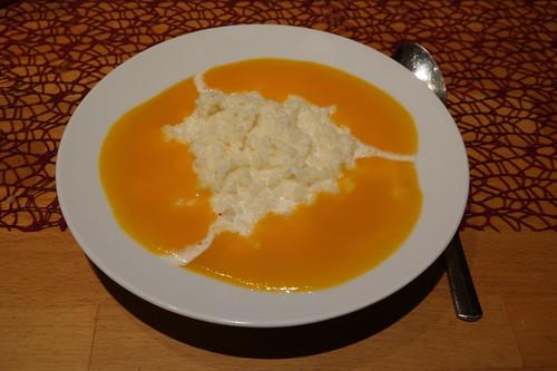 Milchreis mit Pfirsichsoße