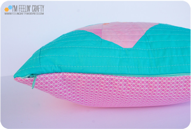 AngelPillow-Zipper-ImFeelinCrafty