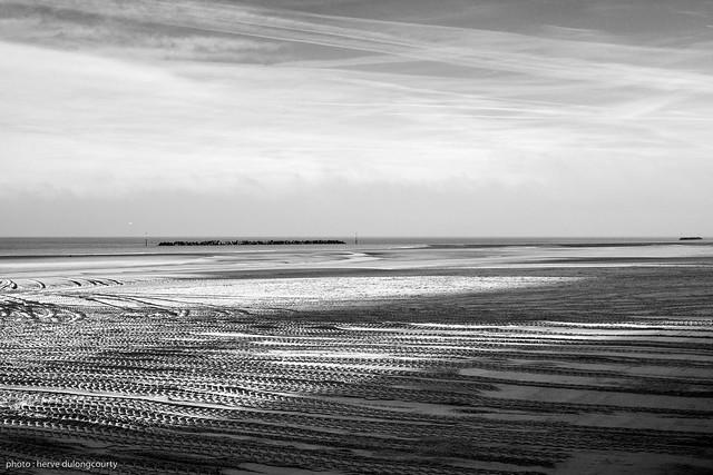 Horizon from the Beach