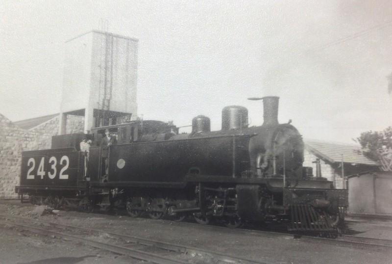 HR-La-Meuse-0-10-0T-No-2432-haifa-1945-hri-1