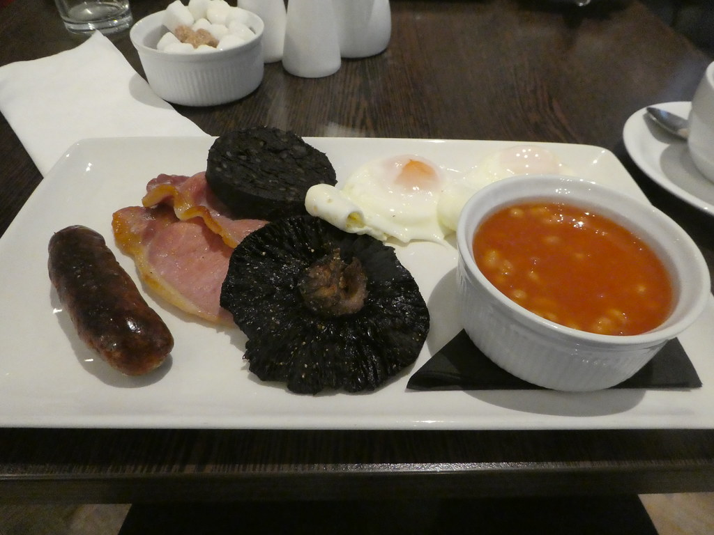 Breakfast at The White Hart Hotel, Lincoln