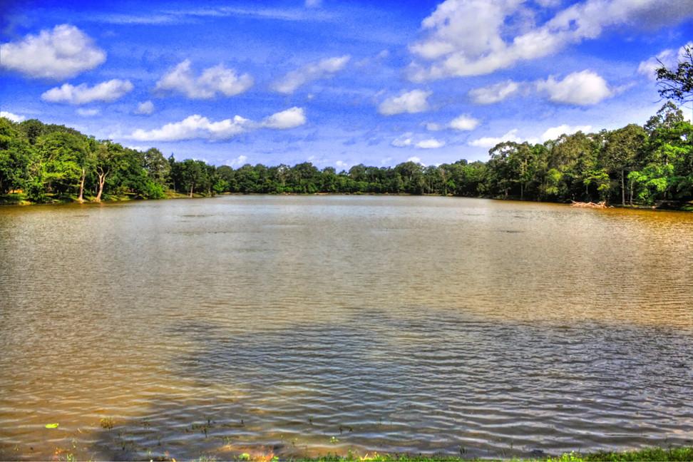 Siem Reap K - Bayon water trench 01