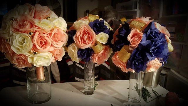 Brides bouquet, maid of honor and bridesmaids bouquet