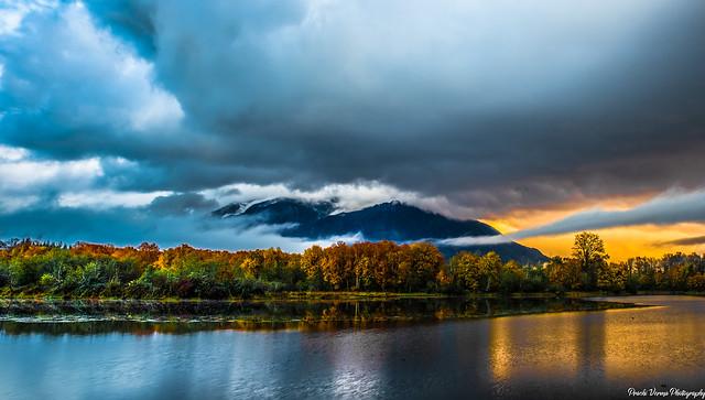 Sunset from borst lake