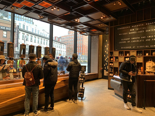 Starbucks Reserve Roastery in Chelsea (4)