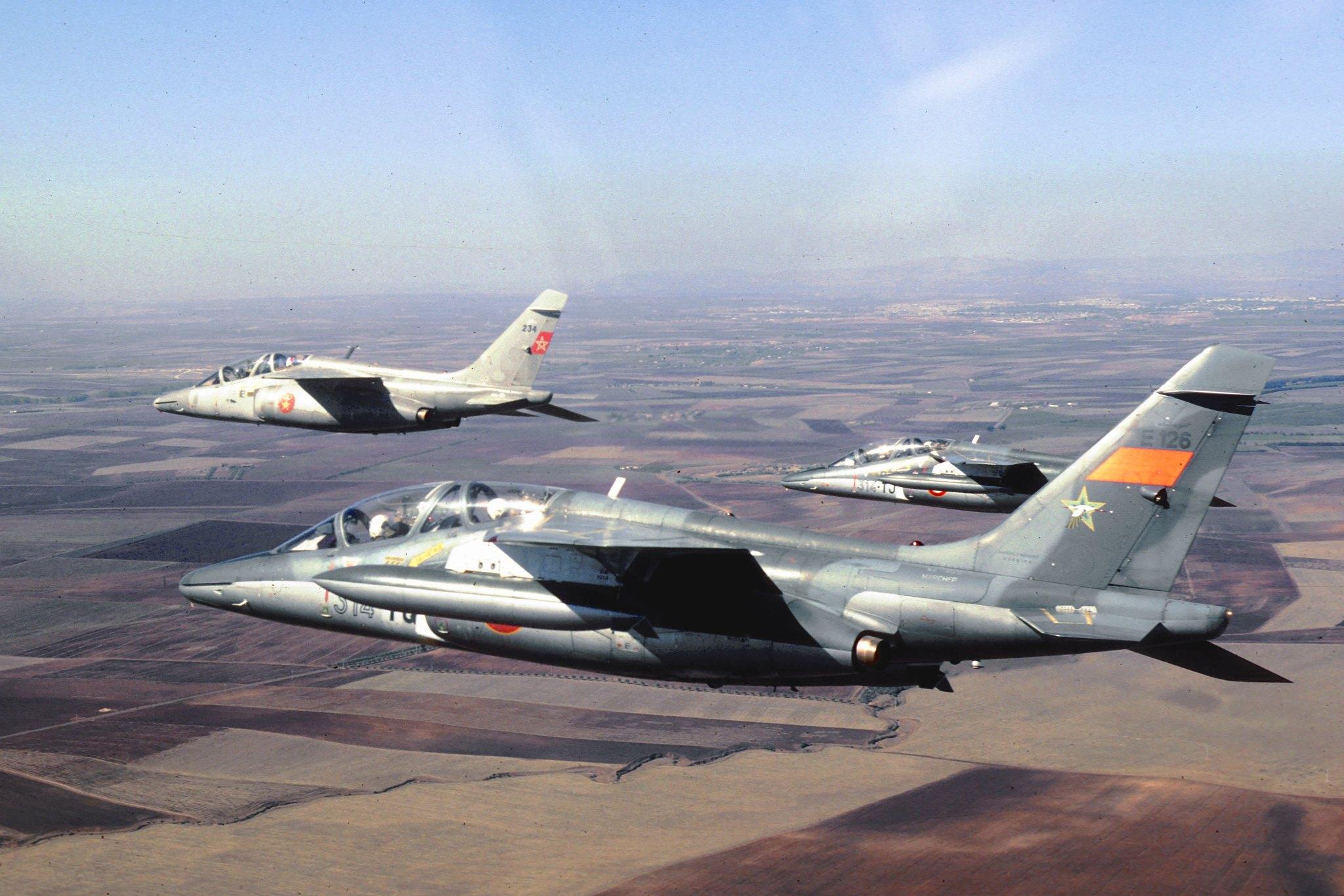 FRA: Photos avions d'entrainement et anti insurrection - Page 9 49461310351_ff685802f6_k